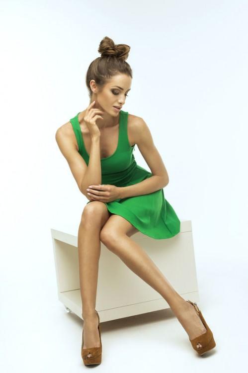 62ae472a19 Zostań swoją własną stylistką! Jaki fason sukienki pasuje do twojej ...