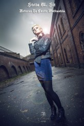 Sit_                             Mad world...