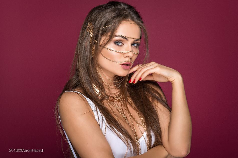 Zdjęcie z portfolio Weronika J. (nieznajomaona) Portret 6637878 - maxmodels.pl