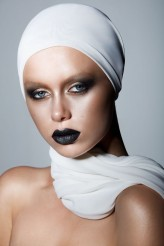 blackbeeery MUA: TWIG MAKE UP
