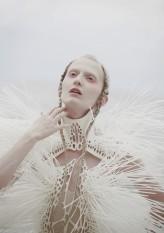 lottaaa model: Marta Sadowska costume designer: Karol Miętkiewicz hair: Ola Dubiel mua: Ania Czapnik