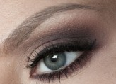olica http://makeupfriends.wordpress.com/2013/09/24/makijaz-w-kolorze-bordo-i-brazie/comment-page-1/#comment-93